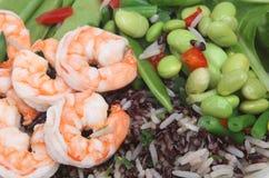 γαρίδες σαλάτας φασολιών Στοκ φωτογραφία με δικαίωμα ελεύθερης χρήσης