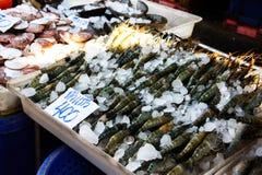 Γαρίδες στη φρέσκια αγορά Στοκ φωτογραφία με δικαίωμα ελεύθερης χρήσης
