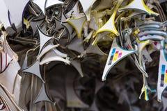 Γαρνιτούρες εγγράφου που ανακυκλώνουν τα μοσχεύματα pi σωρών κινηματογραφήσεων σε πρώτο πλάνο εργοστασίων εγκαταστάσεων Στοκ Εικόνα