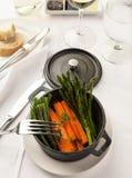 Γαστρονομικό πιάτο γευμάτων Στοκ φωτογραφία με δικαίωμα ελεύθερης χρήσης
