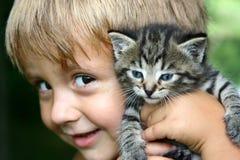 γατάκι εκμετάλλευσής μ&omicr Στοκ Εικόνες