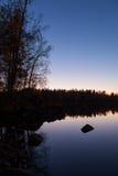 Γαλήνια άποψη της ήρεμης λίμνης Στοκ Φωτογραφία