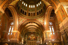 Γαλλία, γραφική βασιλική Sainte Therese Lisieux μέσα ούτε Στοκ Εικόνα