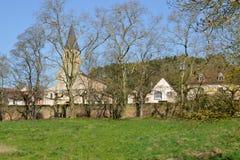 Γαλλία, γραφικό χωριό Cormatin σε Saone et τη Loire Στοκ Εικόνες