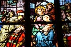 Γαλλία, λεκιασμένο παράθυρο γυαλιού στην εκκλησία Αγίου Martin Triel Στοκ Φωτογραφία