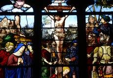 Γαλλία, λεκιασμένο παράθυρο γυαλιού στην εκκλησία Αγίου Martin Triel Στοκ φωτογραφία με δικαίωμα ελεύθερης χρήσης