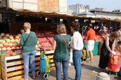 Γαλλία, η γραφική αγορά των Βερσαλλιών Στοκ φωτογραφίες με δικαίωμα ελεύθερης χρήσης