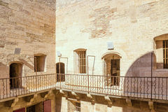 Γαλλία Το ναυπηγείο φυλακών και οι φυλακισμένοι πινακίδων στην είσοδο στην αίθουσα ο πύργος d'If Στοκ φωτογραφία με δικαίωμα ελεύθερης χρήσης