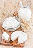 Γαλακτοκομικά προϊόντα και σιτάρια Στοκ Φωτογραφία