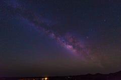 Γαλακτώδης γαλαξίας ουρανού τρόπων Στοκ Φωτογραφίες