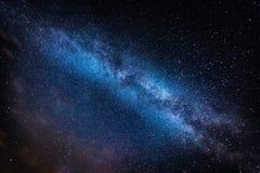Γαλακτώδης τρόπος και έναστρος ουρανός στοκ φωτογραφία με δικαίωμα ελεύθερης χρήσης