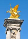 Γαλλική αρχιτεκτονική στο Παρίσι Στοκ εικόνα με δικαίωμα ελεύθερης χρήσης