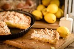 Γαλλική πίτα μαρέγκας λεμονιών Στοκ Εικόνες