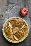 Γαλλική της Apple ξινή πίτα επιδορπίων κέικ γλυκιά Στοκ Φωτογραφία