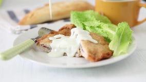 γαλλικός πίνακας τροφίμων ψαριών γευμάτων απόθεμα βίντεο