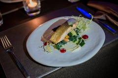 γαλλικός πίνακας τροφίμων ψαριών γευμάτων στοκ φωτογραφία