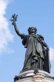 Γαλλικό άγαλμα της ελευθερίας σε ισχύ de Λα Republique Στοκ Φωτογραφίες