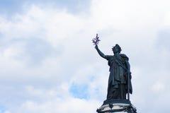 Γαλλικό άγαλμα της ελευθερίας σε ισχύ de Λα Republique Στοκ εικόνα με δικαίωμα ελεύθερης χρήσης