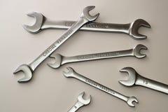 Γαλλικό κλειδί, λειτουργώντας γαλλικό κλειδί, μέταλλο γαλλικών κλειδιών, σύνολο γαλλικών κλειδιών, επισκευή, εργαλεία Στοκ εικόνες με δικαίωμα ελεύθερης χρήσης