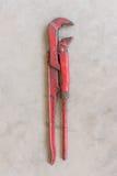 Γαλλικό κλειδί σωλήνων βαριά - χρησιμοποιημένο γαλλικό κλειδί σωλήνων Στοκ φωτογραφίες με δικαίωμα ελεύθερης χρήσης