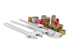 Γαλλικό κλειδί υδραυλικών, διευθετήσιμο γαλλικό κλειδί και διάφορο τμήμα υδραυλικών Στοκ Εικόνες