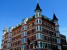 Γαλλικό ξενοδοχείο ύφους πύργων Στοκ Εικόνες