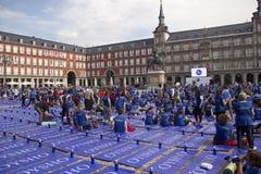 Γεγονός γιόγκας στο δήμαρχο Plaza στη Μαδρίτη, Ισπανία Στοκ φωτογραφίες με δικαίωμα ελεύθερης χρήσης