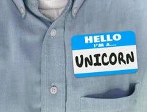 Γειά σου είμαι ένα μπλε πουκάμισο ετικεττών ονόματος μονοκέρων Στοκ φωτογραφία με δικαίωμα ελεύθερης χρήσης