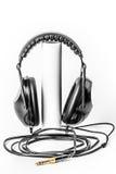 Γεια άσπρο υπόβαθρο ακουστικών στούντιο της Fi Στοκ φωτογραφία με δικαίωμα ελεύθερης χρήσης