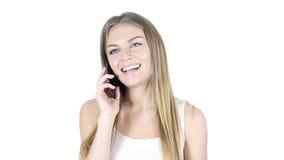 Γελώντας γυναίκα που μιλά σε Smartphone, άσπρο υπόβαθρο Στοκ φωτογραφίες με δικαίωμα ελεύθερης χρήσης