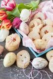 Γεμισμένα μαρμελάδα μπισκότα Πάσχας Στοκ Εικόνες