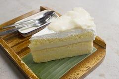 γεμισμένη εικόνα καρύδων κέικ ανασκόπησης εντελώς Στοκ φωτογραφία με δικαίωμα ελεύθερης χρήσης