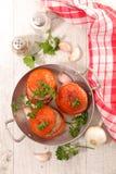Γεμισμένη ντομάτα με το βόειο κρέας Στοκ Φωτογραφίες
