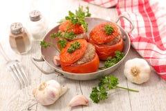 Γεμισμένη ντομάτα με το βόειο κρέας Στοκ φωτογραφίες με δικαίωμα ελεύθερης χρήσης