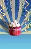 γενέθλια cupcake Στοκ εικόνα με δικαίωμα ελεύθερης χρήσης