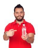 Γενειοφόροι νεαροί άνδρες με ένα μπουκάλι νερό Στοκ Εικόνες