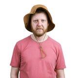 Γενειοφόρος νεαρός άνδρας σε έναν Παναμά Στοκ φωτογραφία με δικαίωμα ελεύθερης χρήσης