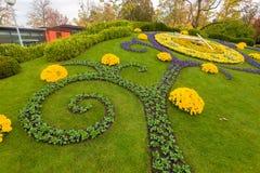 ΓΕΝΕΥΗ ΕΛΒΕΤΙΑ: νέο σχέδιο λουλουδιών ρολογιών Στοκ Φωτογραφίες