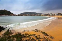 Γενική άποψη της παραλίας Λα Concha Donistia Στοκ εικόνες με δικαίωμα ελεύθερης χρήσης