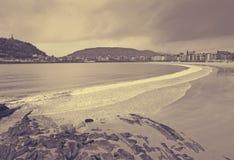 Γενική άποψη της παραλίας Λα Concha Donistia Στοκ εικόνα με δικαίωμα ελεύθερης χρήσης