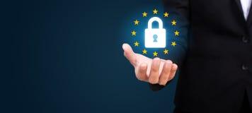 Γενικός κανονισμός GDPR, GDPR προστασίας δεδομένων στο χέρι του β στοκ φωτογραφία με δικαίωμα ελεύθερης χρήσης