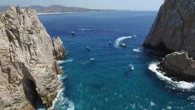 Γενικός με τη μετακίνηση στη θάλασσα και το τόξο του Cabos απόθεμα βίντεο