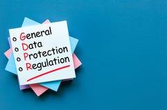 Γενικό κανονισμός προστασίας δεδομένων ή GDPR - σημειώστε στο μπλε γραφείο με το διάστημα αντιγράφων για το κείμενο, το πρότυπο ή στοκ εικόνες