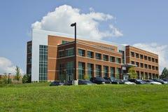 Γενικό κτίριο γραφείων, σχολείο, νοσοκομείο, κυβερνητικό κτήριο Στοκ φωτογραφία με δικαίωμα ελεύθερης χρήσης