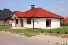 Γενικό νέο σπίτι στοκ φωτογραφίες με δικαίωμα ελεύθερης χρήσης