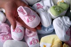 γεννημένα ενδύματα πρόσφατ&alph Στοκ Φωτογραφία