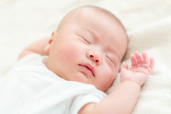 γεννημένος νέος ύπνος μωρών Στοκ Φωτογραφία