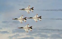 Γεράκι/οχιά πάλης F-16 Thunderbirds Στοκ εικόνα με δικαίωμα ελεύθερης χρήσης