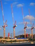 Γερανοί εργοτάξιων οικοδομής Στοκ Εικόνες