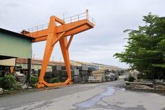 Γερανός ατσάλινων σκελετών του χαράζοντας εργοστασίου πετρών guanglong Στοκ εικόνα με δικαίωμα ελεύθερης χρήσης